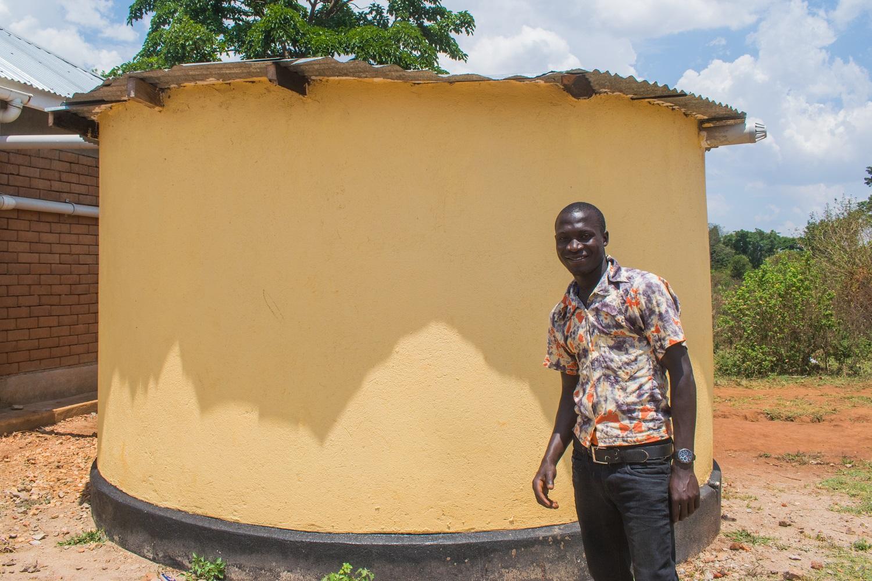 Wilson visits the Water Charity tank at graduation